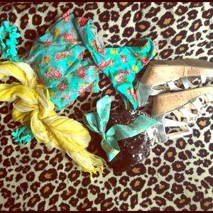 Betsy Johnson floral bikini